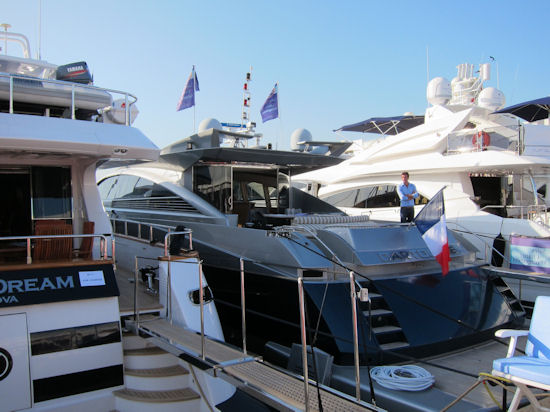 antibes yacht show 2011 boat and captain