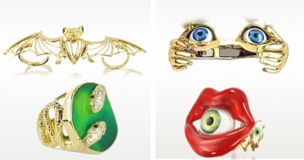 Scary jewellery pieces for Halloween party