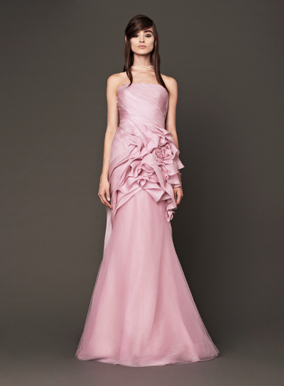 Vera wang brides will wear pink gowns in fall 2014 rich for Pink vera wang wedding dresses