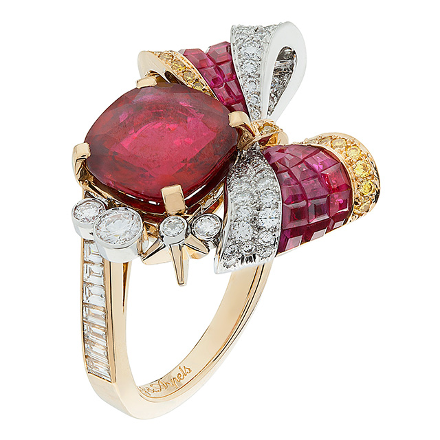 Van Cleef Arpels Bow ring from Ballet Précieux  jewelry collection