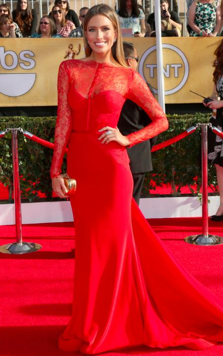Renee Bargh in red Steven Khalil dress at SAG awards 2014 red carpet