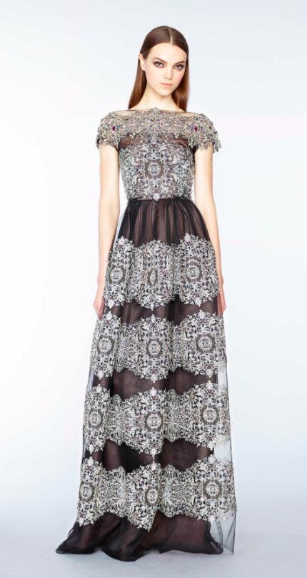 Marchesa black and white lace dress chosen for Emma Stone