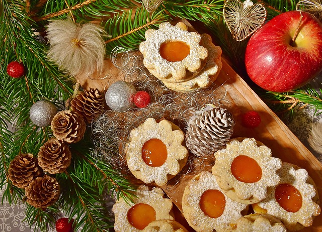 Christmas Holiday Party.5 Tips For Throwing An Unforgettable Holiday Party Rich