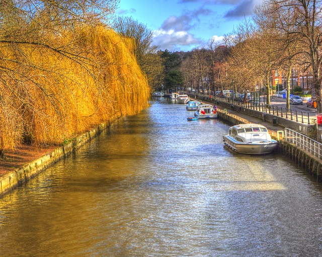 Norwich England canal